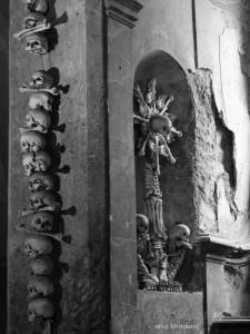 Kutna_Hora-Sedlec_Ossuary_wp-0008