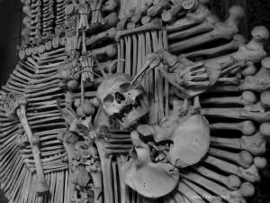 Kutna_Hora-Sedlec_Ossuary_wp-0021