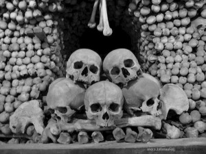 Kutna_Hora-Sedlec_Ossuary_wp-0027